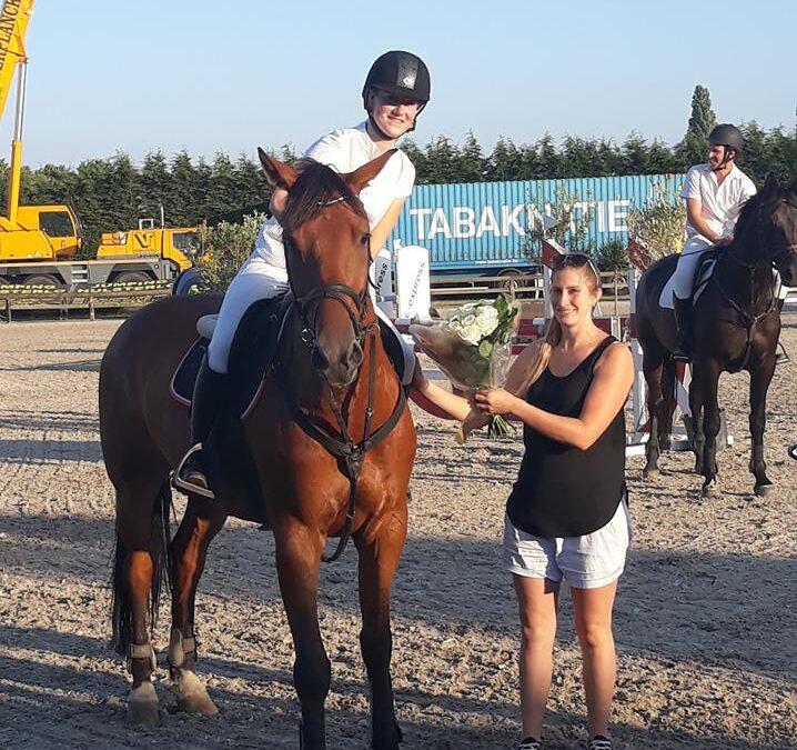 Elke Vermeiren wint 4de manche Antares Criterium in Stal Hulsterlo